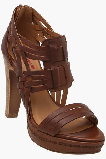 RED TAPE -  Tan Heels - Main