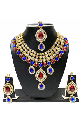 ZAVERI PEARLS Grand Designer Classic Necklace Set - ZPFK1405