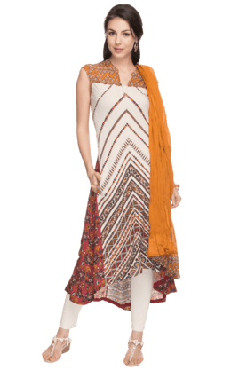 IMARA Womens Printed Churidar Suit - 200732821