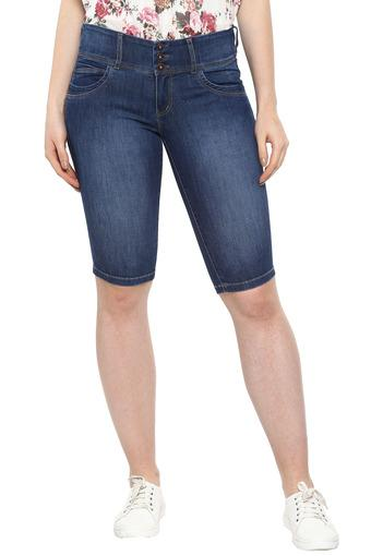 Womens 5 Pocket Mild Wash Shorts