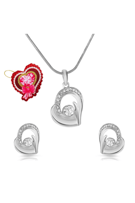 MAHI Mahi Valentine GiftEita Collection White Crystal With Heart Shaped Card Stones Pendant Set For Women NL5101726RCd