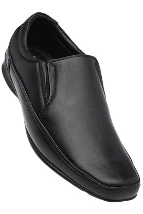 FRANCO LEONEMens Black Formal Slipon Shoe