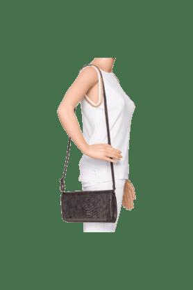 Womens Party Wear PU Clutch