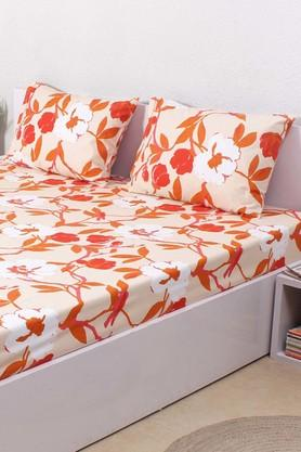 HOUSE THIS The Chic Chintz 100% Cotton Fitted Sheet & 2 Pillow Covers - Red  ...
