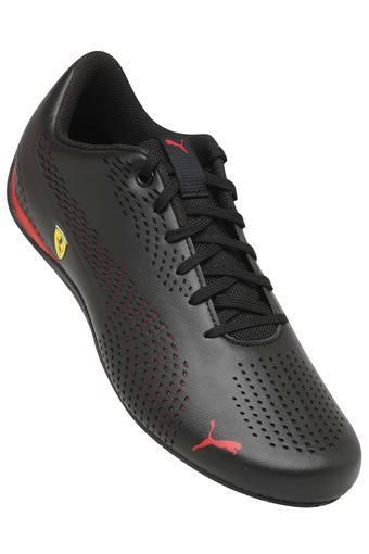 PUMA -  BlackCasual Shoes - Main