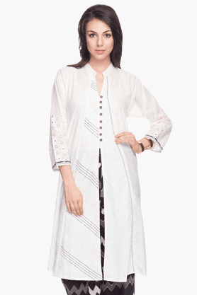 BOHEMYAN BLUE Womens Embroidered Kurta