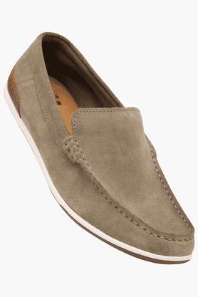 CLARKSMens Casual Slipon Loafer