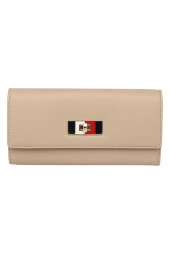 Womens Casual Wear Metallic Lock Closure 2 Fold Wallet
