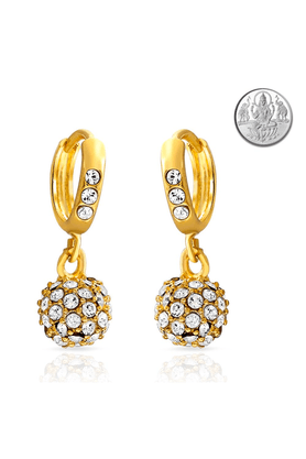 MAHI Mahi Eita Collection Gold Plated Crystal Stones Dangle & Drop Earrings For Women With Free Silver Laxmi Coin ER1100229GCI