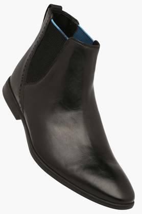 CLARKS Mens Black Leather Boots