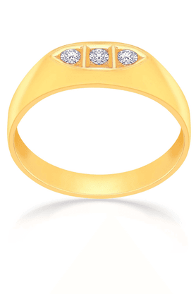MALABAR GOLD AND DIAMONDS Mens Mine Diamond Ring - Size 18