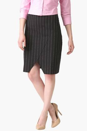 MARIE CLAIRE Womens Striped Skirt