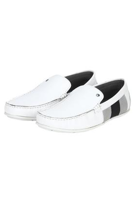 RED TAPE - WhiteCasuals Shoes - 2