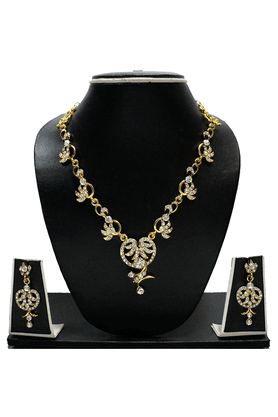 ZAVERI PEARLS AUSTRIAN DIAMOND NECKLACE SET BY - ZPFK1269