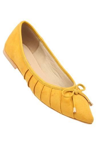 LEMON & PEPPER -  YellowBellies - Main