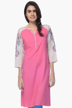 DESI BELLE Womens Printed Round Neck Kurta - 201828957