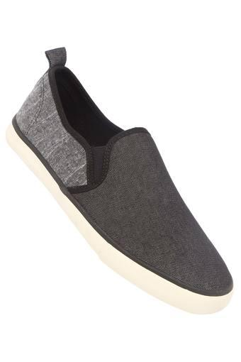 Mens Canvas Slipon Casual Shoes