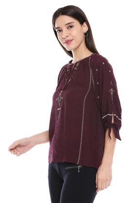 Womens Tie Up Neck Slub Embroidered Tunic