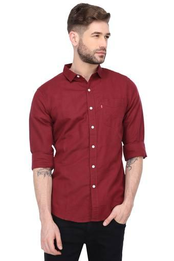 LEVIS -  Red Shirts - Main