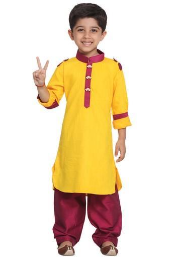 VASTRAMAY -  YellowKurta Pyjama Set - Main