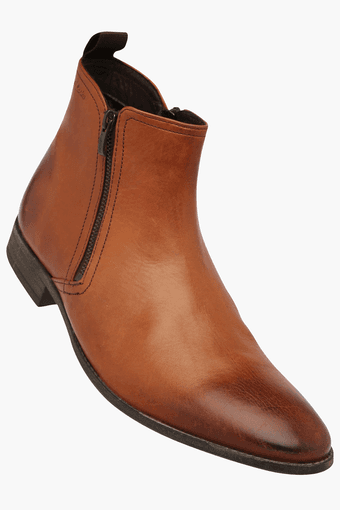 2f2a5e756c2 Buy CLARKS Mens Leather Zipper Closure Boot | Shoppers Stop
