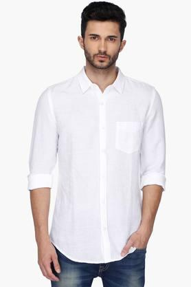 Casual Shirts For Men Online | Shoppers Stop