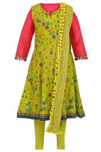 Girls Notched Neck Printed Churidar Suit