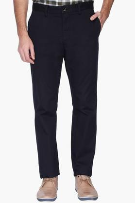 INDIAN TERRAIN Mens Slim Fit Solid Trousers