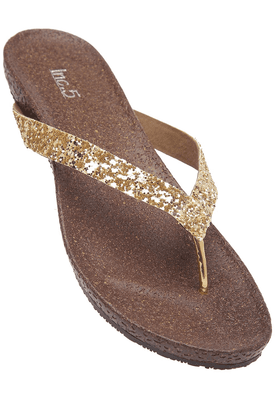 INC.5 Womens Golden Toned Slipon Flat Sandal