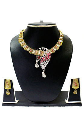 ZAVERI PEARLS Multicolor Necklace Set For Women - ZPFK1393