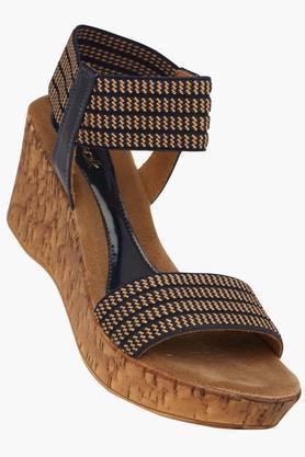 roha women Best design comfortable wear women's sandals sandals black yellow ten,sandalssandals women's yellow buying this summer.