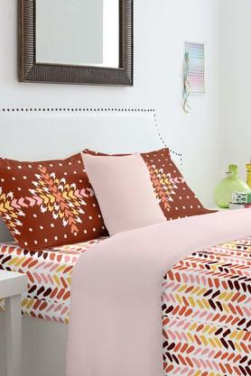 SPACES Cotton Printed Double Bedsheet With Pillow Cover