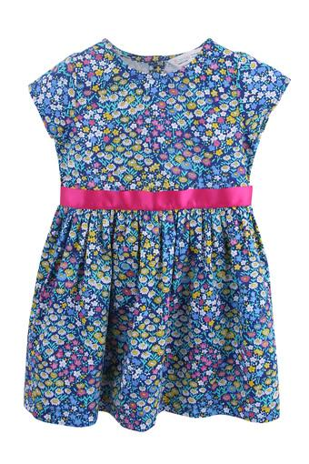 Girls Round Neck Floral Printed Pleated Dress with Belt