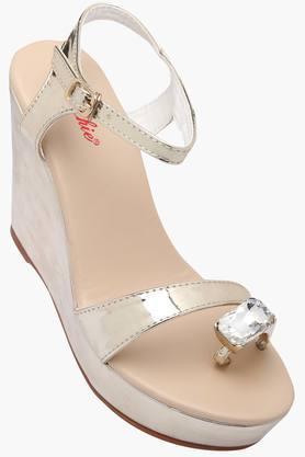 VENTURINIWomens Casual Ankle Buckle Closure Wedge Sandals - 201777578