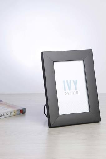 IVY -  BlackPhoto Frames - Main