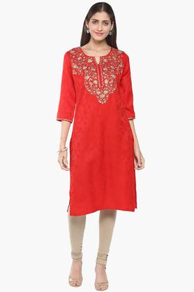 RANGRITI Womens Round Neck Embroidered Solid Kurta - 201505068