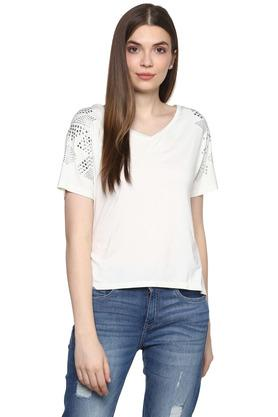 c32f1a71aef5 Buy Vibe Jeans And Clothing Online | Shoppers Stop