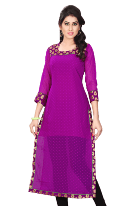 DEMARCA Womens Round Neck Kurta (Buy Any Demarca Product & Get A Pair Of Matching Earrings Free)