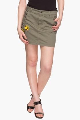 LOVE GENRATION Womens 4 Pocket Solid Mini Skirt