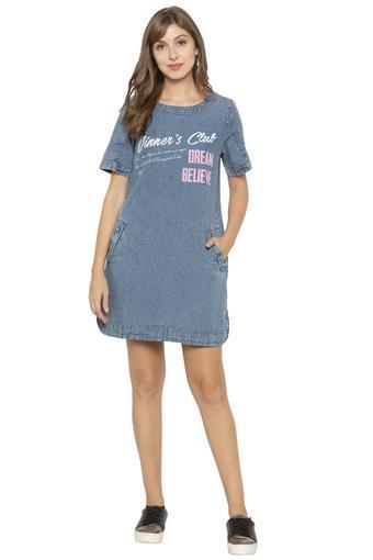 Womens Round Neck Graphic Print Shift Dress