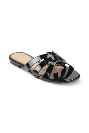 C019 -  BlackFloaters & Flip Flops - Main