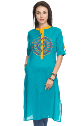 HAUTE CURRY Women 3/4th Sleeves Long Kurta