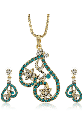 SIAAustrian Diamond Floral Pendant Set-16554