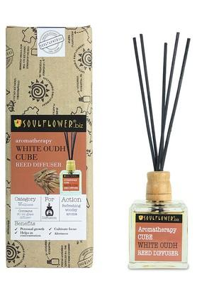 White Oudh Cube Reed Diffuser