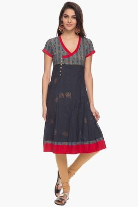 BOHEMYAN BLUE Womens Surplice Neck Printed Kurta