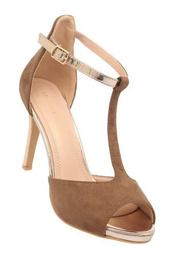LEMON & PEPPER -  Taupe Heels - Main