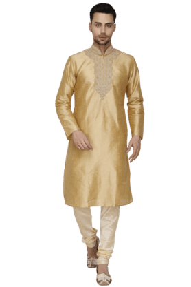 Mens Embroidered Kurta Set