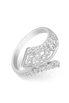 MAHI Mahi Rhodium Plated Queen Finger Ring With CZ For Women FR1100655R