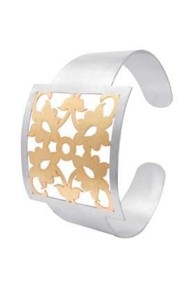 IZAARAWomens Silver Cuff Bracelets