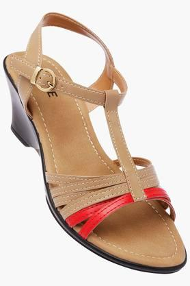 LAVIEWomens Casual Wear Buckle Closure Sandals